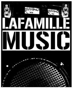 La Famille Logo